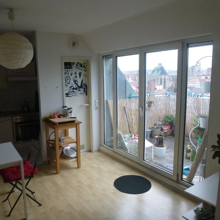 vermietet attraktive 3 raum wohnung mit balkon und domblick antaris immobilien. Black Bedroom Furniture Sets. Home Design Ideas
