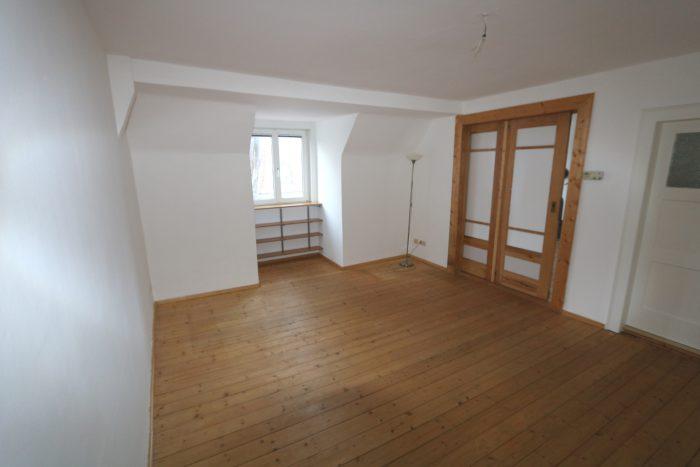 vermietet wohnen im s den von erfurt mit kamin antaris immobilien. Black Bedroom Furniture Sets. Home Design Ideas
